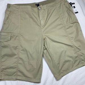New Direction kaki cargo shorts